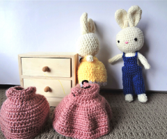 Bunny-rabbit-with-change-of-clothes