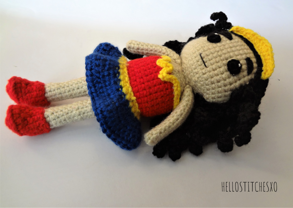 Wonder woman amigurumi toy free pattern