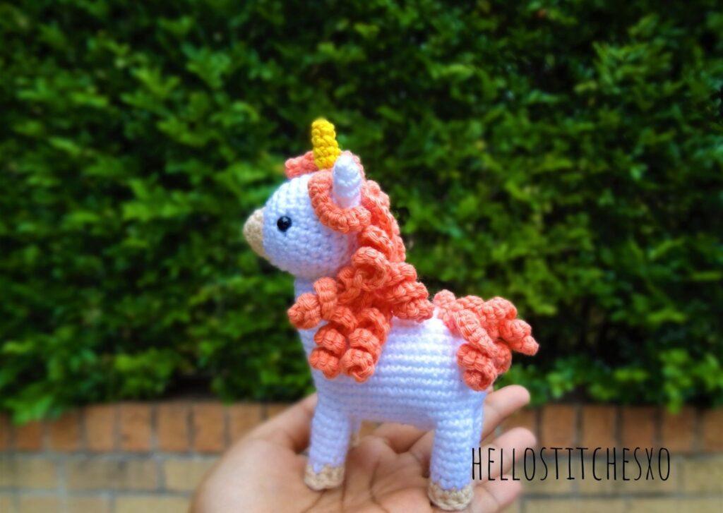 Unicorn amigurumi free pattern