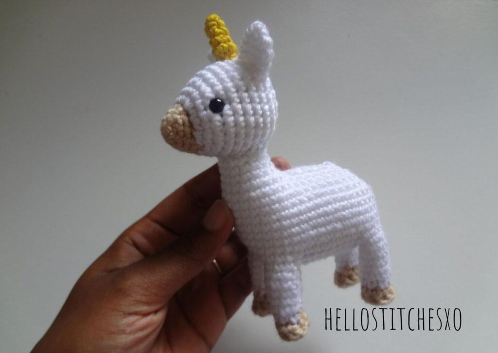 standing unicorn amigurumi